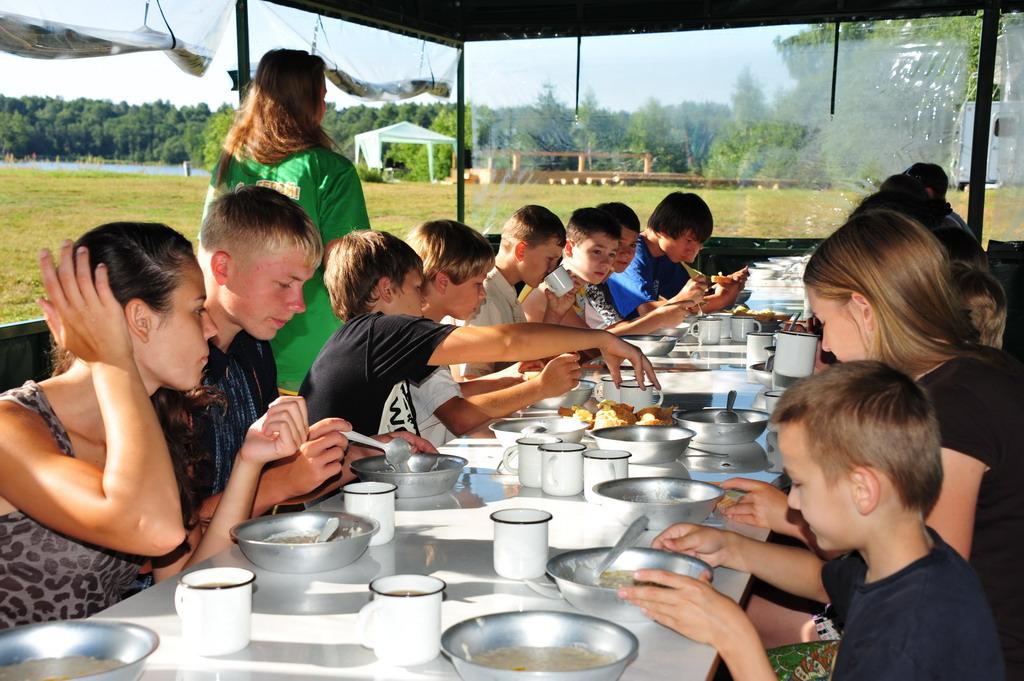 Детский лагерь для детей